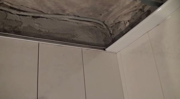 Монтаж реечного потолка своими руками: этапы, виды и преимущества, выбор материала, инструкция по установке, светильники
