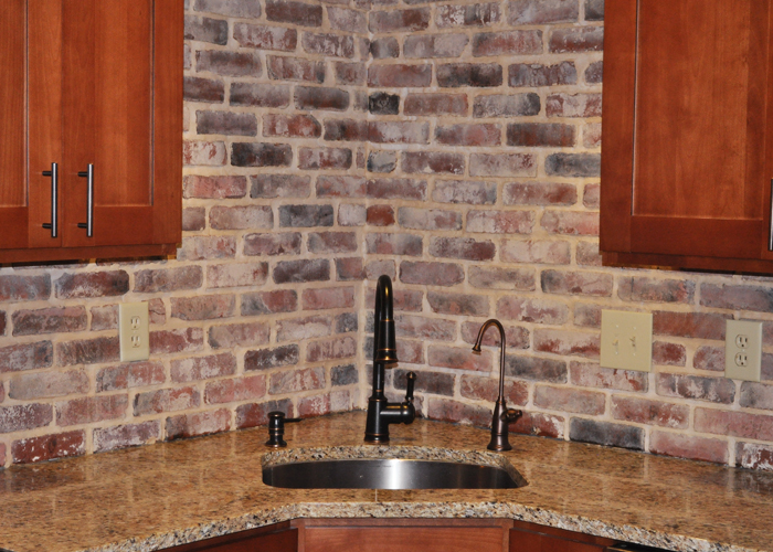 Brick backsplash tile