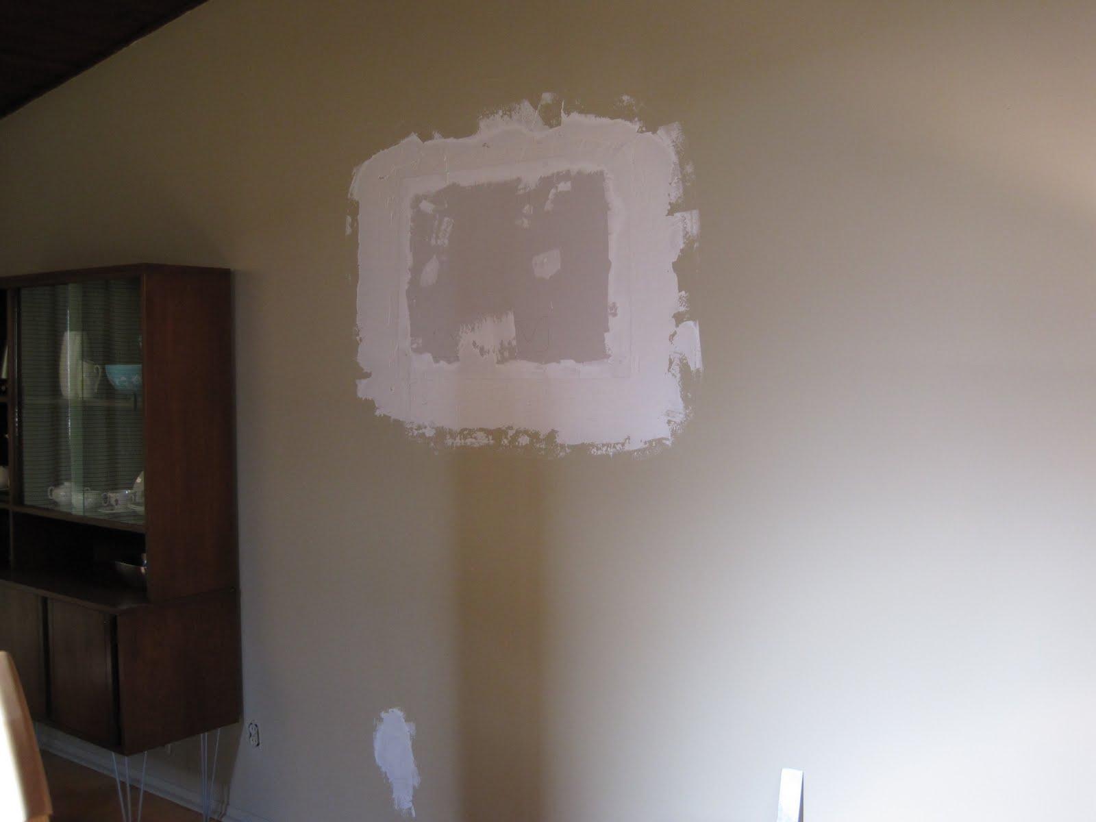 Из дыры в стене видео — photo 13