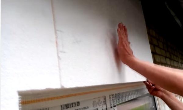 Крепеж пенополистирола к стене